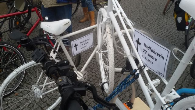 stopkillingcyclists